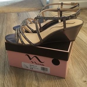 Neona Wedge Sandal